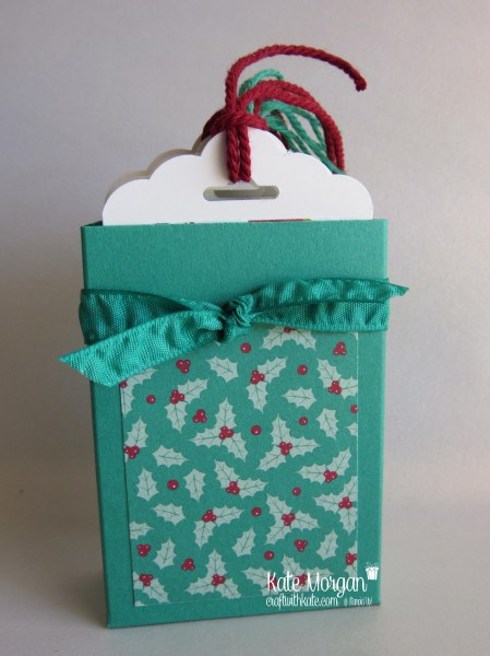 christmas-gift-tag-holder-using-stampin-up-presents-pinceones-dsp-by-kate-morgan-independent-stampin-up-demonstrator-classes-available-in-rowville