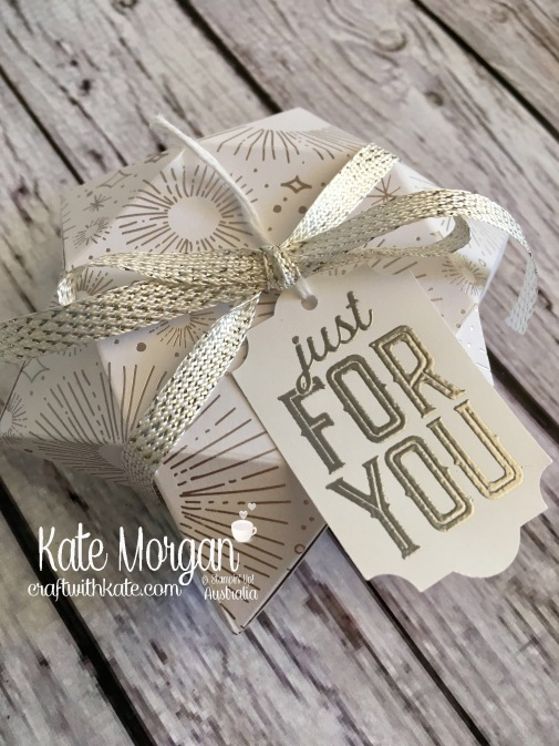 3D Christmas Star box using Stampin Ups Year of Cheer Specialty DSP, Holiday 2017 by Kate Morgan, Independent Demonstrator, Australia. DIY